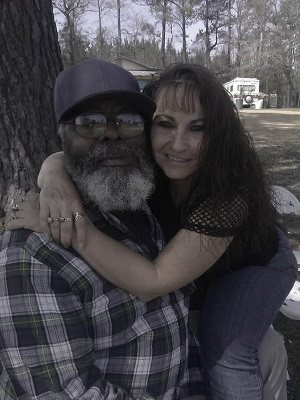 Click image for larger version.  Name:Jackie Henderson and Frank James Henderson.jpg Views:77 Size:50.8 KB ID:221803