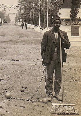 Click image for larger version.  Name:Chain_Gang_Street_Sweepers,_1909.jpg Views:0 Size:101.4 KB ID:148516