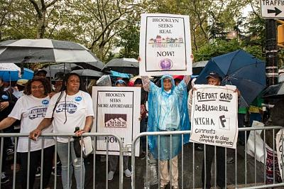 Click image for larger version.  Name:100917_housing_protest_dm_10.jpg Views:0 Size:98.5 KB ID:178793